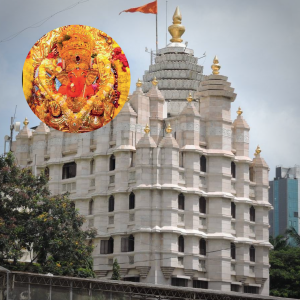Puja at Siddhi Vinayak Temple Mumbai