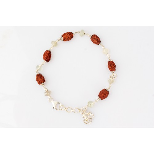 2 Mukhi Rudraksha with Moonstone Bracelet in Silver Capping